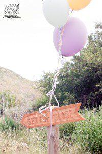 Ojai_Wedding_Balloon_Sign