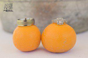 Details_Wedding_Rings_Oranges