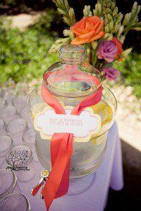 Lemonade_Water_Wedding_Display