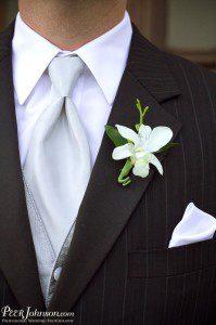 santa barbara wedding coordinator boutanniere