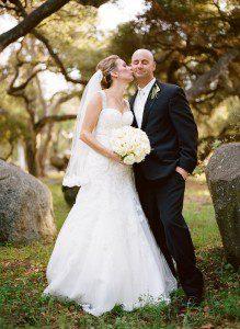 bride groom kissing santa barbara rockwood