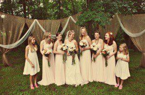 burlap-wedding-decor